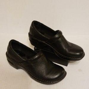 Born B.O.C clogs women's shoes size 11